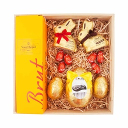 Gold Lindt Easter Hamper