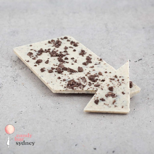 Oreo Cookies & Cream White Chocolate Bar 80g